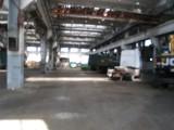 Оболонский р-н, Минский массив, ул.Бережанская. Аренда помещения под ремонт грузовых автомобилей, автобусов. Территория охраняется. Площадь помещения 1500 м.кв. Высота потолков 10 метров. Есть кран-балка ...