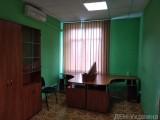 ул. Межигорская, администратирно офисное здание. 2 этаж, площадь 20м2 с мебелью. Цена 8000 грн. включая НДС и все коммунальные платежи. Есть парковка 350 грн. в месяц