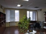 Без комиссии аренда офиса в офисном центре метро Лыбедская ул. Малевича (Боженко), офиса 55 кв.м. одной площадью, 2 этаж, офисный ремонт, кондиционеры, все коммуникации. Удобное расположение. Метро 7 мин ...